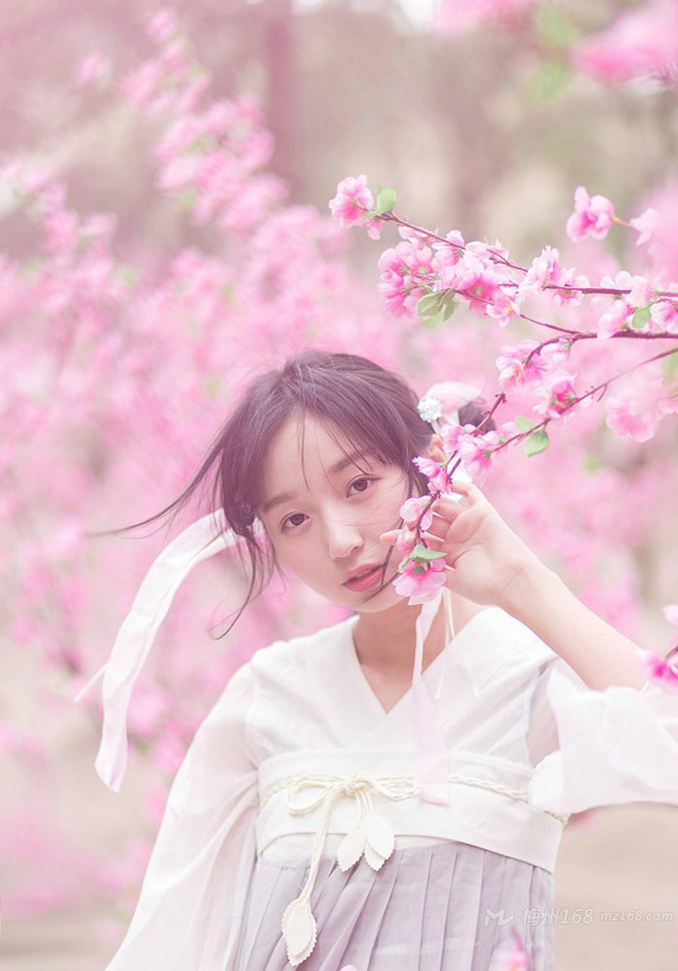 桃园春色清纯可爱的女神